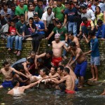 Deopokhari_festival_Nepal_008